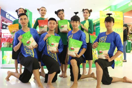Ngày hội Gạo Hoa Lúa tại Crescent Mall Bình Tân